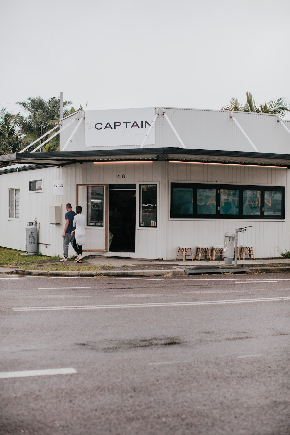 the captain and crew cafe marks point lake macquarie
