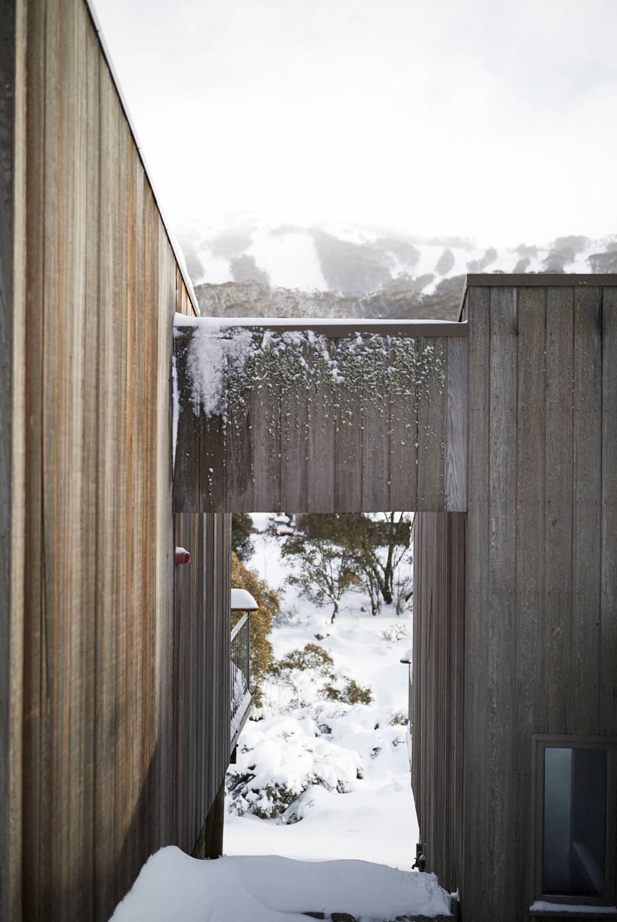 The Eastern Cedar Cabin Thredbo